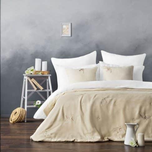 Покрывало на кровать Либерти 160Х220 сливочный