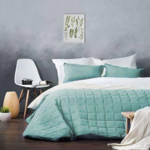 Покрывало на кровать Софт (Латур) небесно-голубой