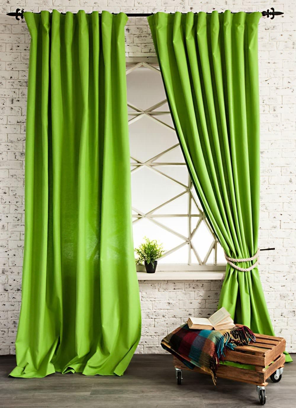 Дизайн штор в зеленом