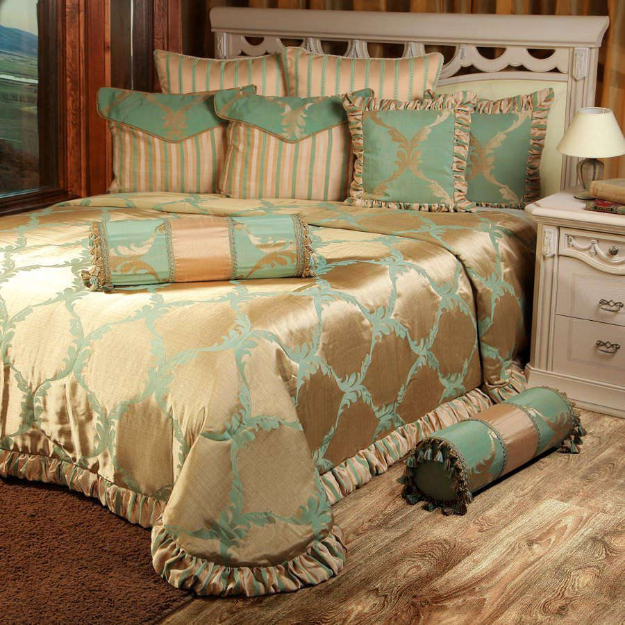 Покрывало на кровать Лувр (зеленый) желтое покрывало на кровать