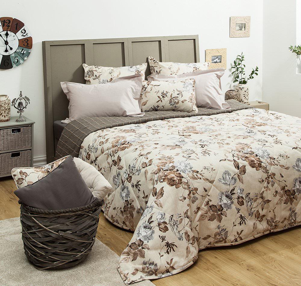 Купить со скидкой Покрывало на кровать Саммер 230х250 коричневый